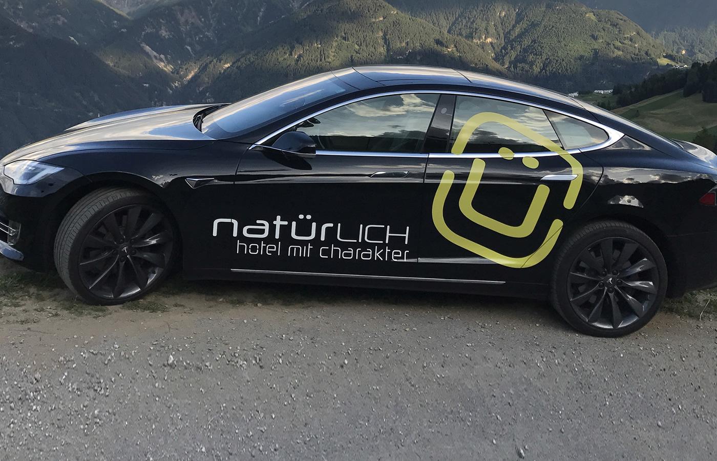 Tesla_Model_S_Fiss_2