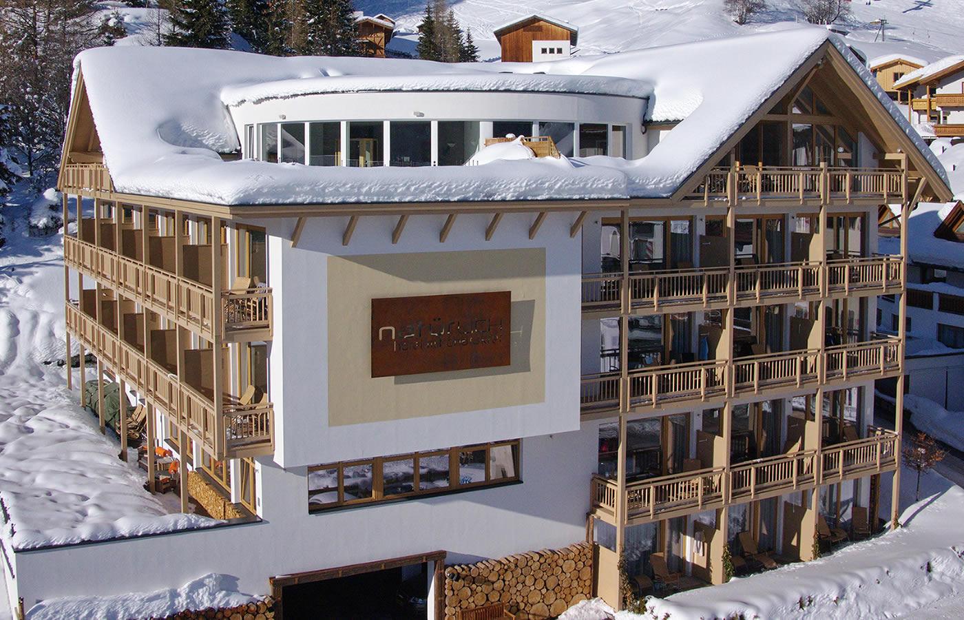 Südansciht Hotel in Serfaus-Fiss-Ladis in Tirol.